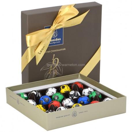 Leonidas - Coffret Héritage M garni de 16 ballons de foot en chocolat  - Leonidas Warneton (Belgique)