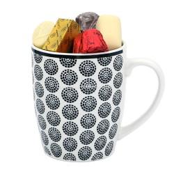 Tasse en porcelaine blanche garni de 300gr de chocolats Leonidas - Leonidas Warneton (Belgique)
